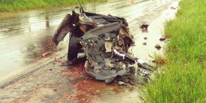 Acidente envolvendo um carro e caminhão deixa uma pessoa morta na região de Nova Casa