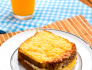 Queijo quente de fornocom crosta de parmesão